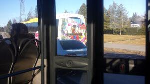 Skärgårdsbuss stoppade en rattfyllerist.