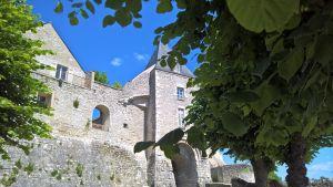 Montargis'n linnan rauniot Ranskassa Pariisin eteläpuolella. Kuva: Silja Suhonen