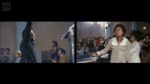 Gospel-kuoron johtaja ja tanssivia seurakuntalaisia. Splitattu kuva, ruutukaappaus elokuvasta Amazing Grace.