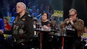 Pertti Kurikan Nimipäivät väntar spänt på resultaten.