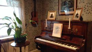 Sibeliuksen syntymäkodin piano