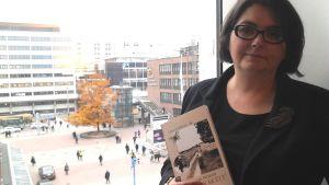 Katarina Gäddnäs har skrivit en biografi över Valdemar Nyman