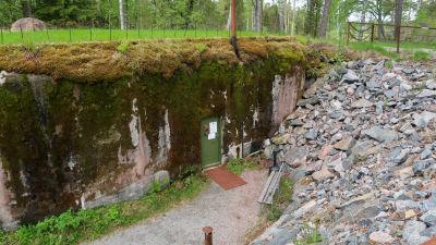 Ingången till bunkern Irma vid Harparskoglinjen.