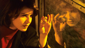 Veronika/Veronique eli Irène Jacob elokuvassa Veronikan kaksoiselämä.
