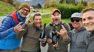 Eränkävijät: Alpeilta Arktiselle kuvausryhmää ja Morgan Vikne