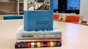 Böcker på temat Menlösa barn