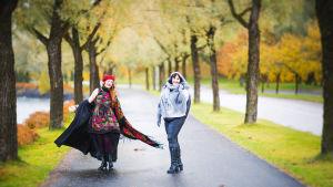 Lappeenrantalainen Kari Hämäläinen on kymmenen kärjessä kansainvälisessä Worldwide Photo Walk -valokuvakilpailussa ottamallaa syksyisellä kuvalla.