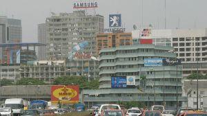 huvudstaden Abidjan i Elfenbenskusten