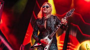 Richie Faulkner i Judas Priest 7.6.2018.