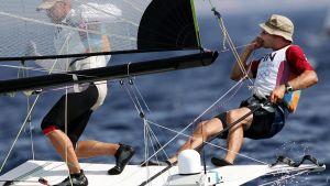 Thomas Johanson och Jukka Piirainen i OS-regattan 2004.