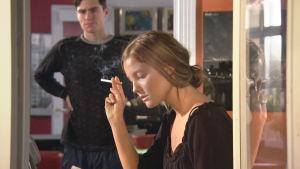 Jakso 522 osa 1/2. Törmäyskurssilla: Korjaamolla käy tunteet kuumina. Hanna ei halua enää elää.