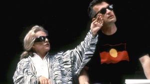 Jeanne Moreau ja Wim Wenders Maan ääriin -elokuvan kuvauksissa 1991. Kuva dokumenttielokuvasta Jeanne Moreau (2007).