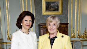 Elisabeth möter Drottning Silvia