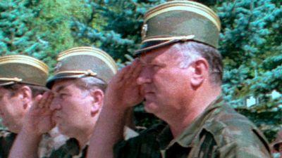 Kriget i jugoslavien kofi annan reser till balkan