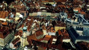 Ilmakuva Grazin vanhan kaupungin keskustasta.
