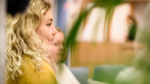 Luciakandidat Maryelle Steffansson på De tios dag.