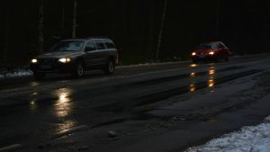 Bilar i mörkret