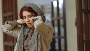 Nader ja Simin: ero. Kuva elokuvasta, kuvassa Leila Hatami (Simin).