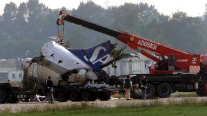 Vraket av ett SAS-plan efter flygolyckan på Linateflygplatsen i Milano 2001.