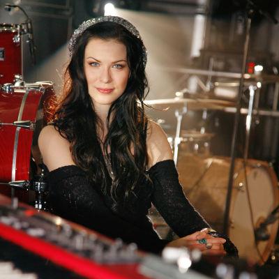 Laulaja Jenni Vartiainen 2008.