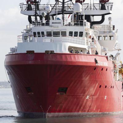Ocean Viking -alus Italiassa lokakuussa 2019.