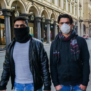 Torinon Via Romalla kahdella paikallisella asukkaalla oli hengityssuojat.