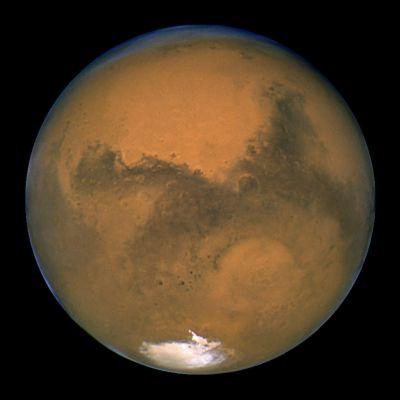 Hubble-teleskoopin ottama kuva Marsista.