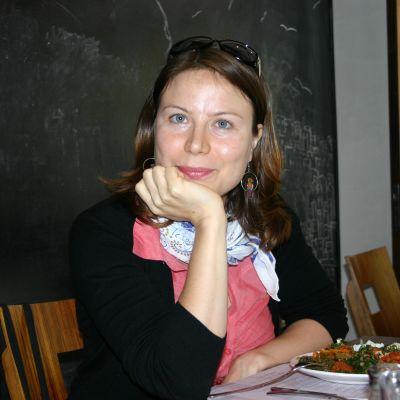 Ayla Albayrak ravintolassa Istanbulissa.