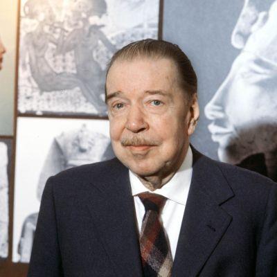 Kirjailija Mika Waltari 1979