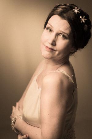 Pia-Maria Lehtola som Dorothy Lamour