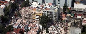 Ett hus i Mexico City har rasat efter jordbävning i Mexiko.