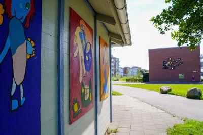 Graffiti på vägg i Drottninghög