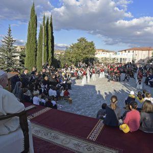 Påven Franciskus besökte kristna Georgien på lördag och han avslutar sin turne på Kaukasus i muslimska Azerbajdzjan på söndagen