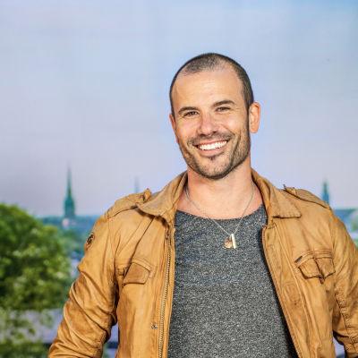 Martin Stenmarck under presstillfället inför Allsång på Skansen 2016