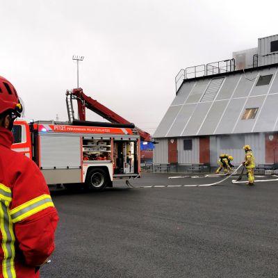 Pirkanmaan pelastuslaitoksen rakennuspalosimulaattori Kangasalla