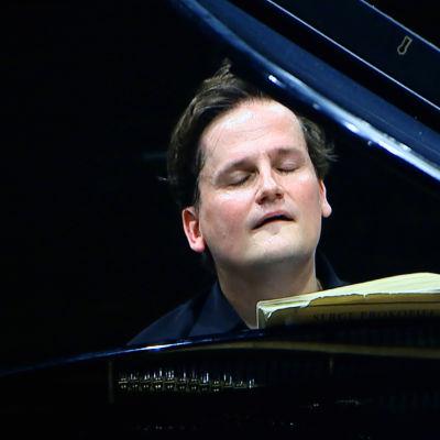 Pianisti Olli Mustonen.