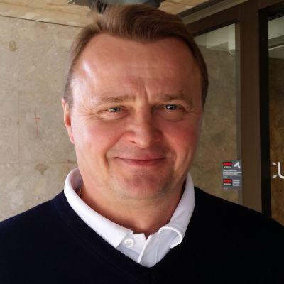 Jukka Toivakka johtaa Jukurit jääkiekon SM-liigaan.