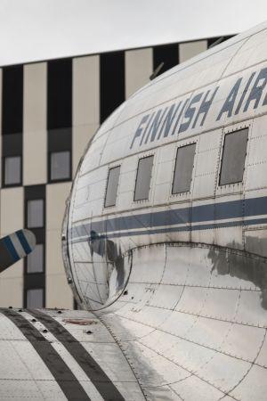 DC-3 lentokone ilmailumuseon pihalla