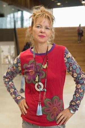 Esther Charlesworth Aalto-yliopiston aulussa