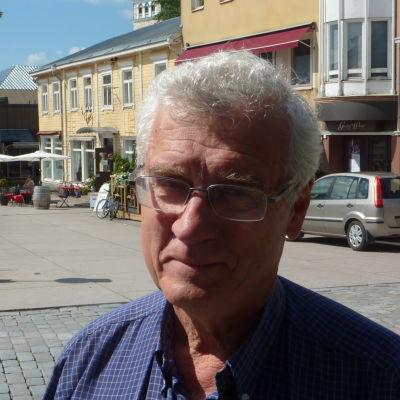 Karl von Smitten, ordförande för grundtrygghetsnämnden i Raseborg