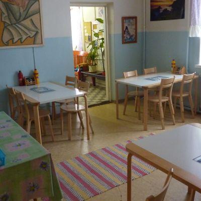 I dagcentret på Korsmansgatan serveras mat också på veckosluten.