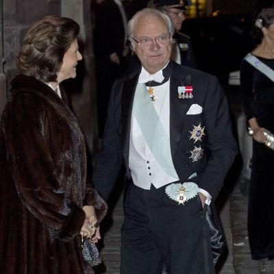 Sveriges drottning Silvia och kung Carl Gustaf XVI den 20.12.2015
