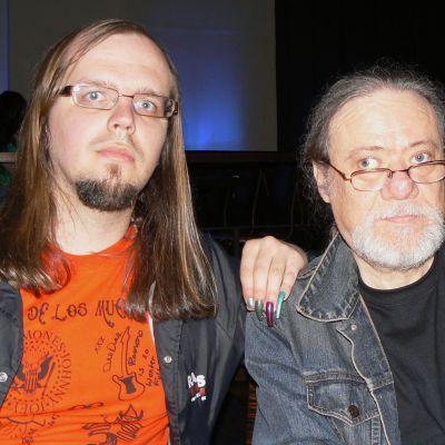 Jari-Pekka Laitio-Ramone ja Tommy Ramone.