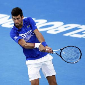 Novak Djokovic är klar för semifinal