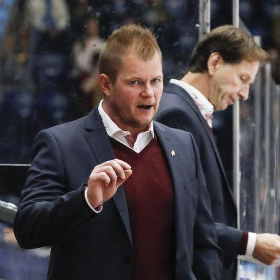 Ari-Pekka Pajuluoma, Sport.