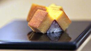 Sushiravintolan antimia. Kuva dokumenttielokuvasta Sushimestari Jiron unelma (Jiro dreams of sushi).