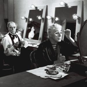 Parrasvalot. Ohjaus Charles Chaplin. Kuvassa Chaplin ja Buster Keaton.
