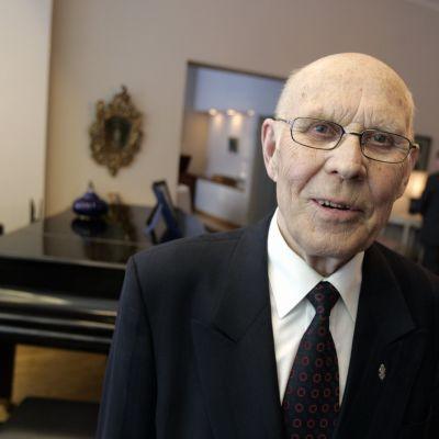 Centerns tidigare minister Eino Uusitalo