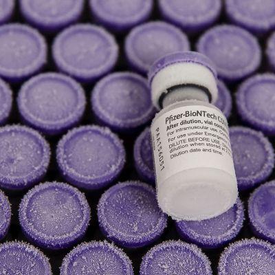 Pfixer och Biontechs vaccin.