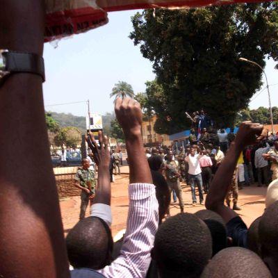 Anhängare till president François Bozizé 27.12.2012